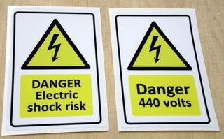 Varoitustarrat DANGER
